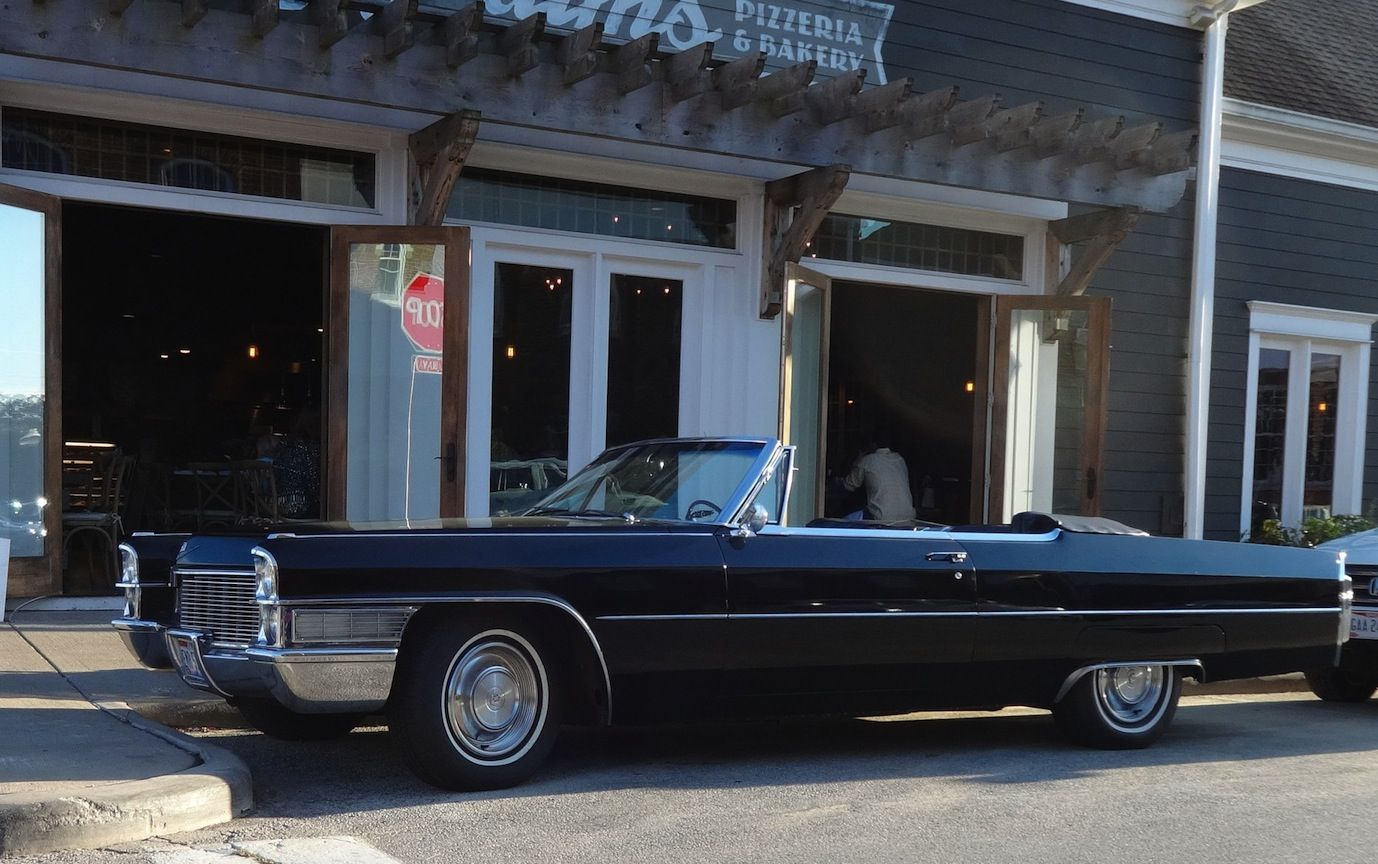 1965 Cadillac 2-Door DeVille Convertible. Option of 7.0L and &.7.5L OHV V8 Engines