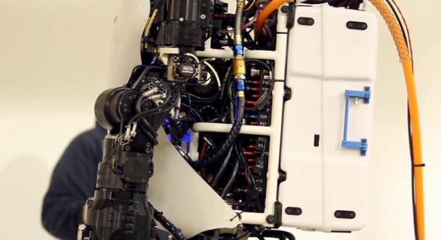 進化程度高達 75%!美國 DARPA 大幅升級軍用人形機器人 Atlas (con imágenes) | Robo
