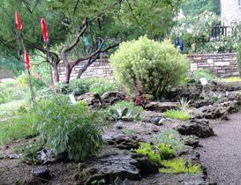 c6f39615e684eb46b9586a1f7cbe804e - Yew Dell Botanical Gardens Louisville Ky