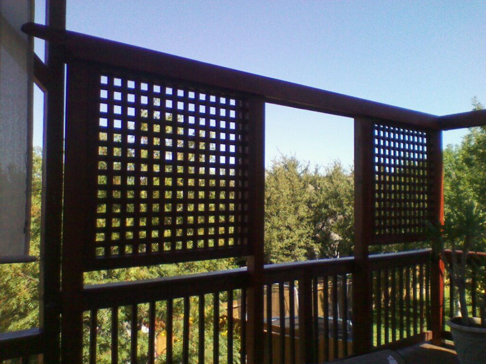 Deck privacy wall privacy screens privacy walls decks for Outdoor privacy panels for decks