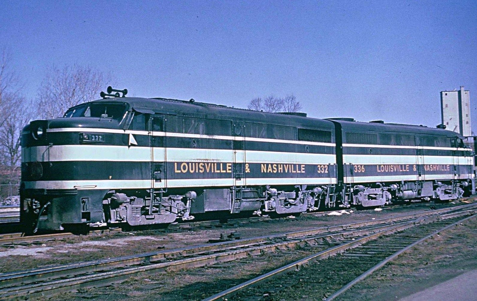 Ln Alco Fa 1 Diesels Louisville Nashville Railroad Train