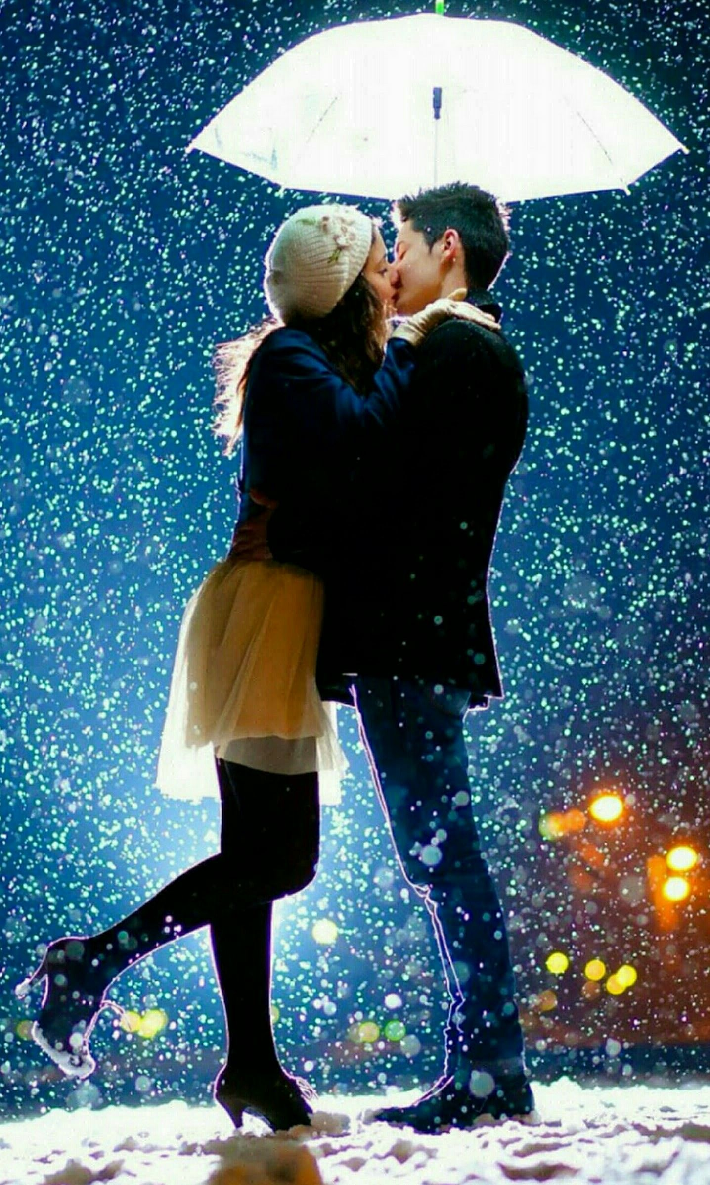 Pin By Zee Thomsen On Dia Dos Namorados Couple In Rain Best Couple Wallpaper Kissing In The Rain Couple love wallpaper hd for mobile