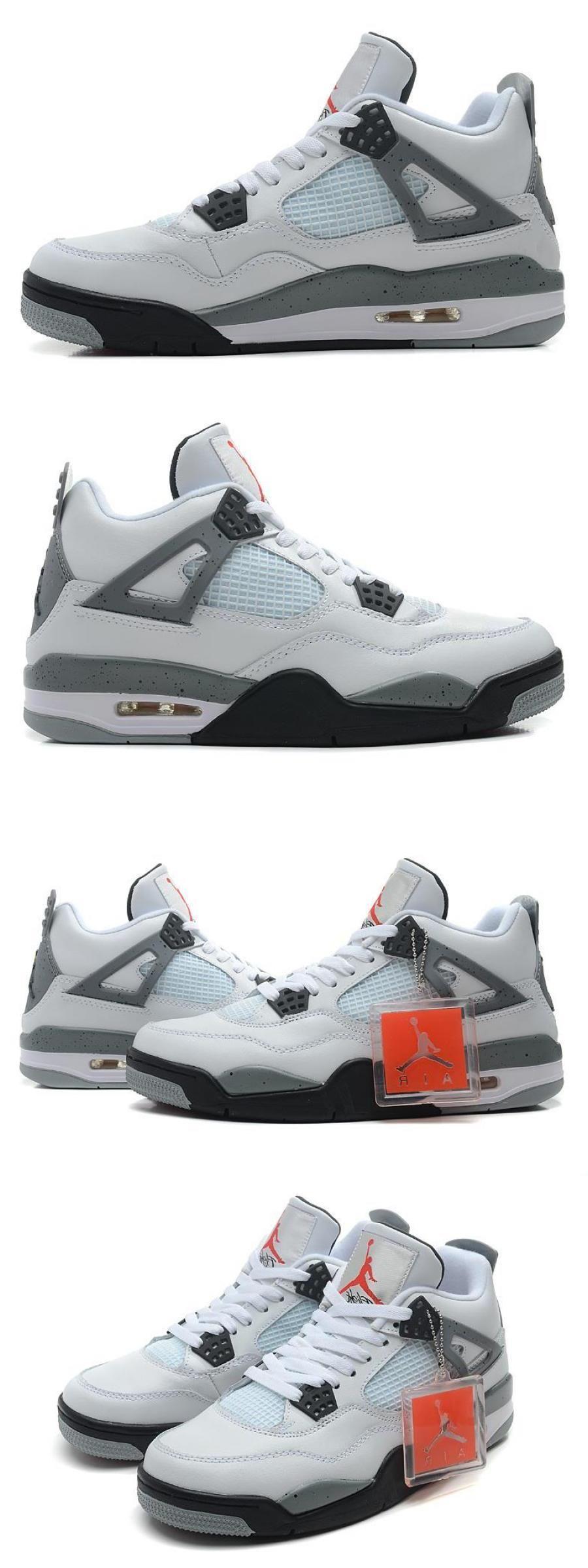 2020 的 Air Jordan 4 White/blackcement Grey 主题