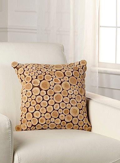Coussin mini bûchettes - Mini-log cushion | Tendance néo-scandinave ...