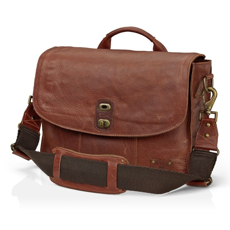 WILL Leather Goods Kent Messenger Bag - Apple Store (U.S.)   Laptop ... 69f964ed2e