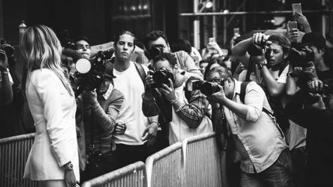 How celebrity paparazzi use similar risk strategies as Wall Street traderscelebrity
