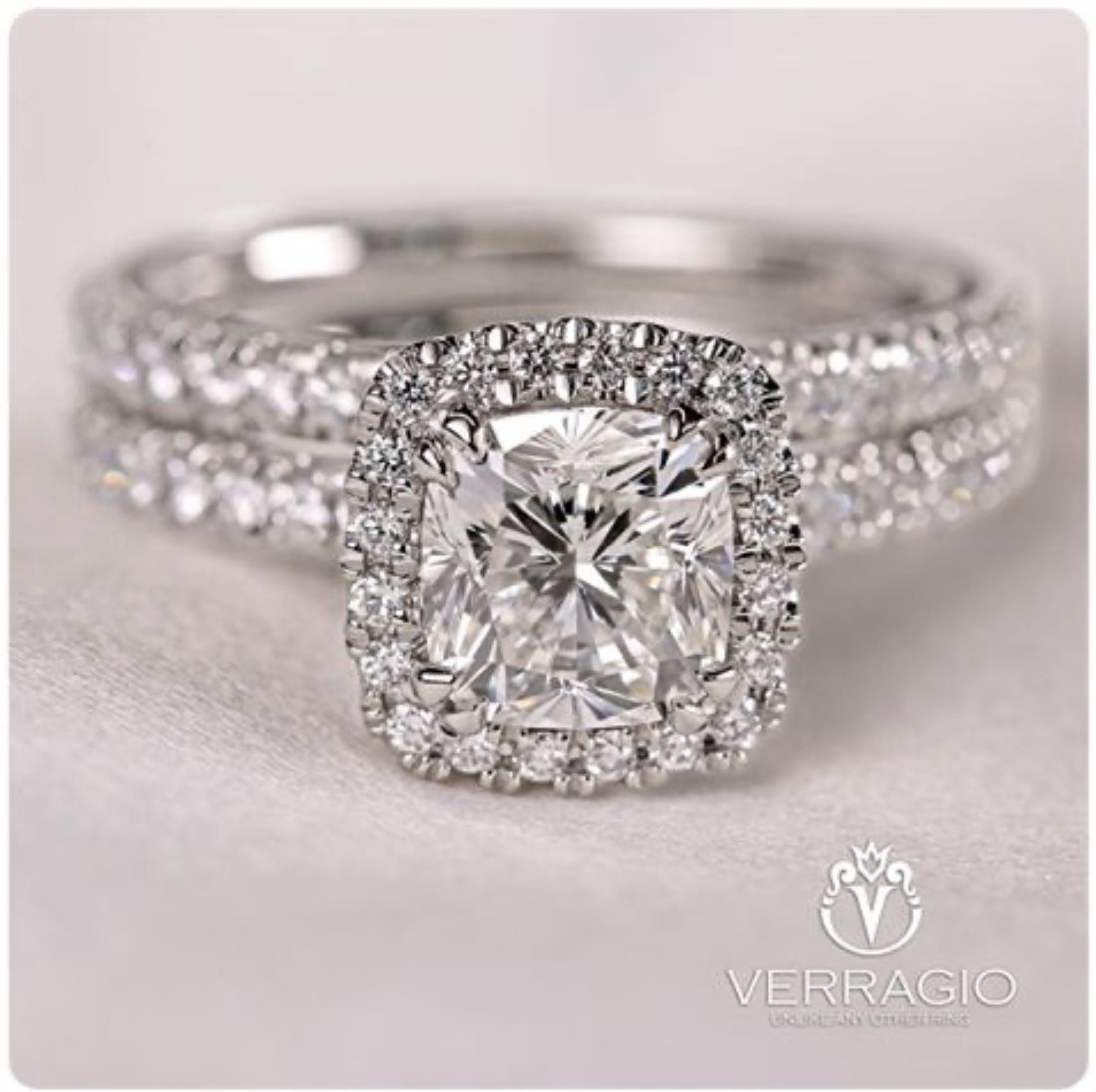 Verragio Tradition Collection Tr150hcu And Matching Wedding Unique Engagement Rings Halo Vintage Engagement Rings Unique Moissanite Engagement Ring White Gold