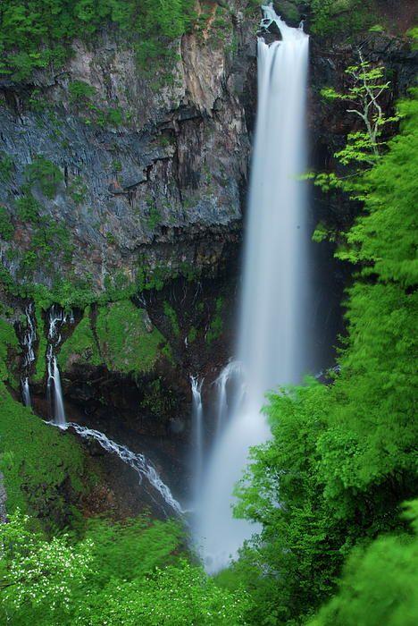 ✯ Majestic Kegon Falls - Japan