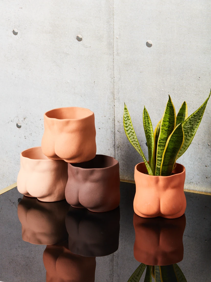 Nude Bottom Pot -   - #Artists #bottom #ceramics #ComicsAndCartoons #nude #pot #Pottery