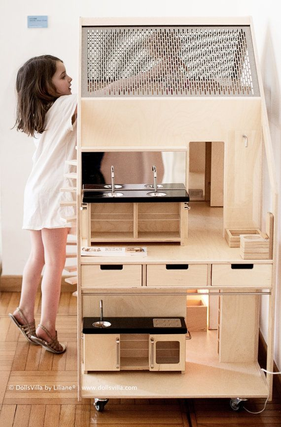 DollsVilla by Liliane® leading Exterior and Interior by DollsVilla