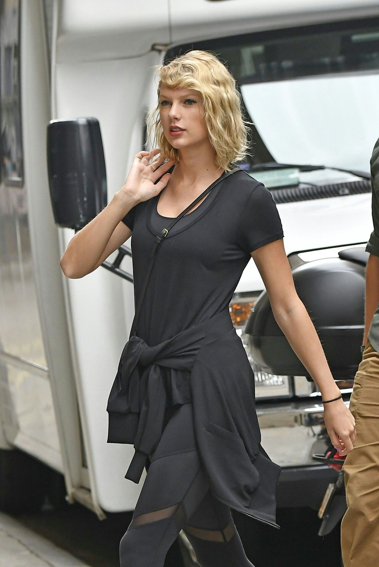 Pin by madswift on Gum Taylor Swift   Taylor swift street ...