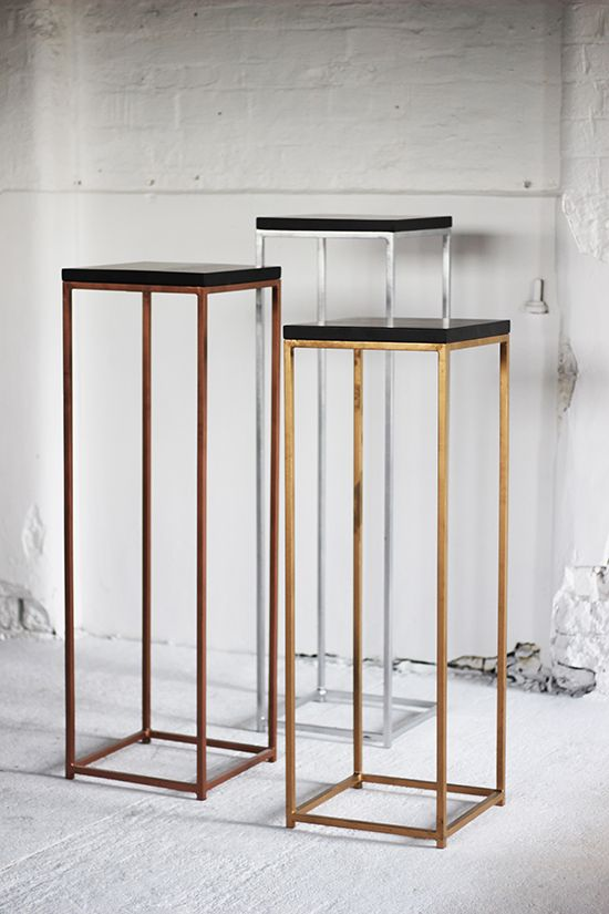 D Exhibition In London : Metallic frame plinths display & exhibition plinths plinths