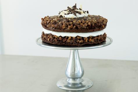 Chocolate Praline Cake – Cake Mix Doctor #pralinecake