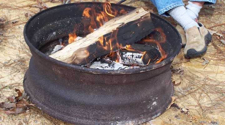 Portable Fire Pit Made From Recycled Material Fire Pit Plans Portable Fire Pits Outdoor Fire Pit