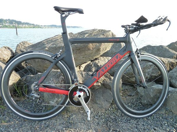 Review Valdora Cycles Phx 2 Black Pearl Triathlon Bike