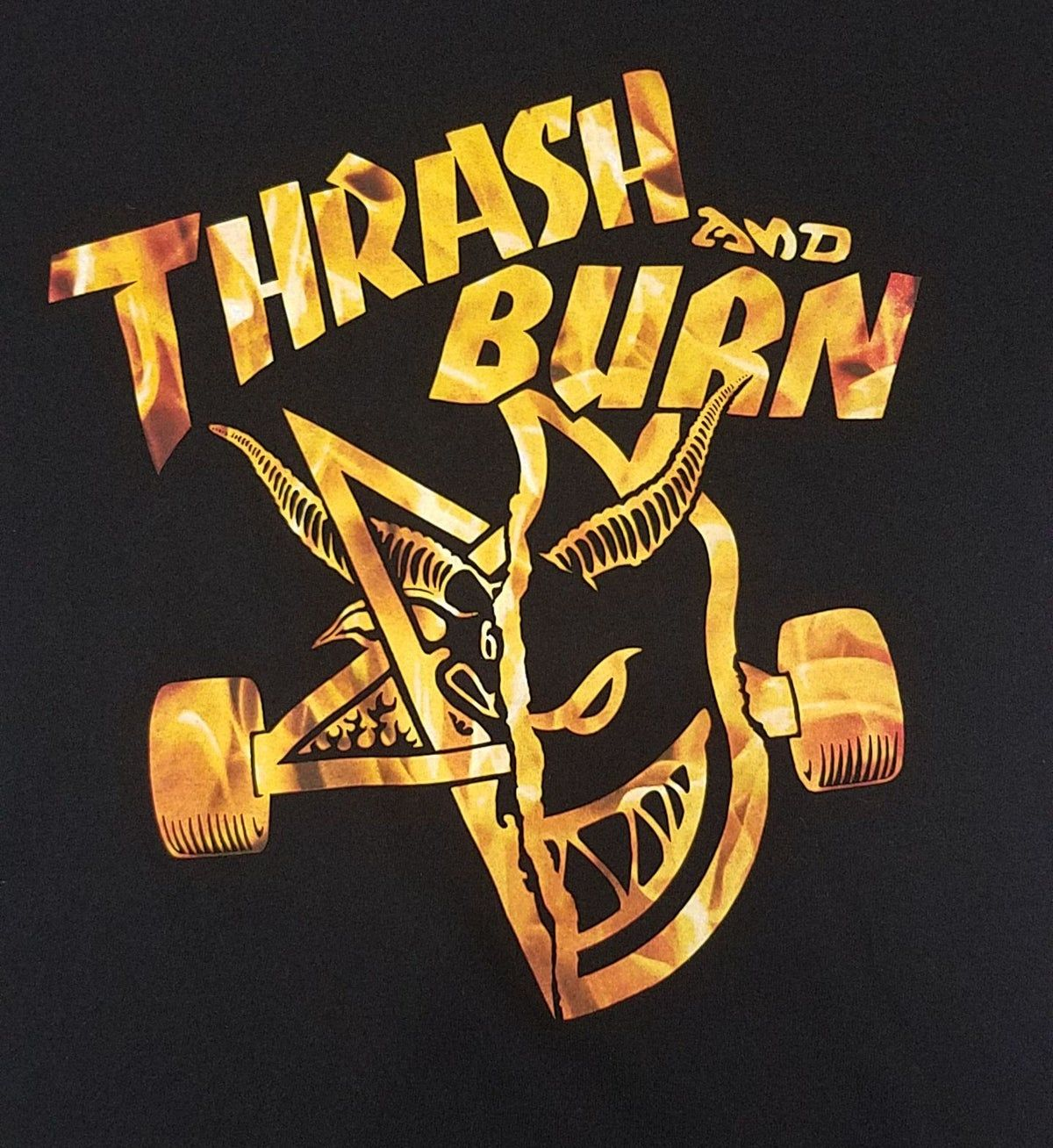 Spitfire Skateboard Wheels Thrash and Burn tshirt Size