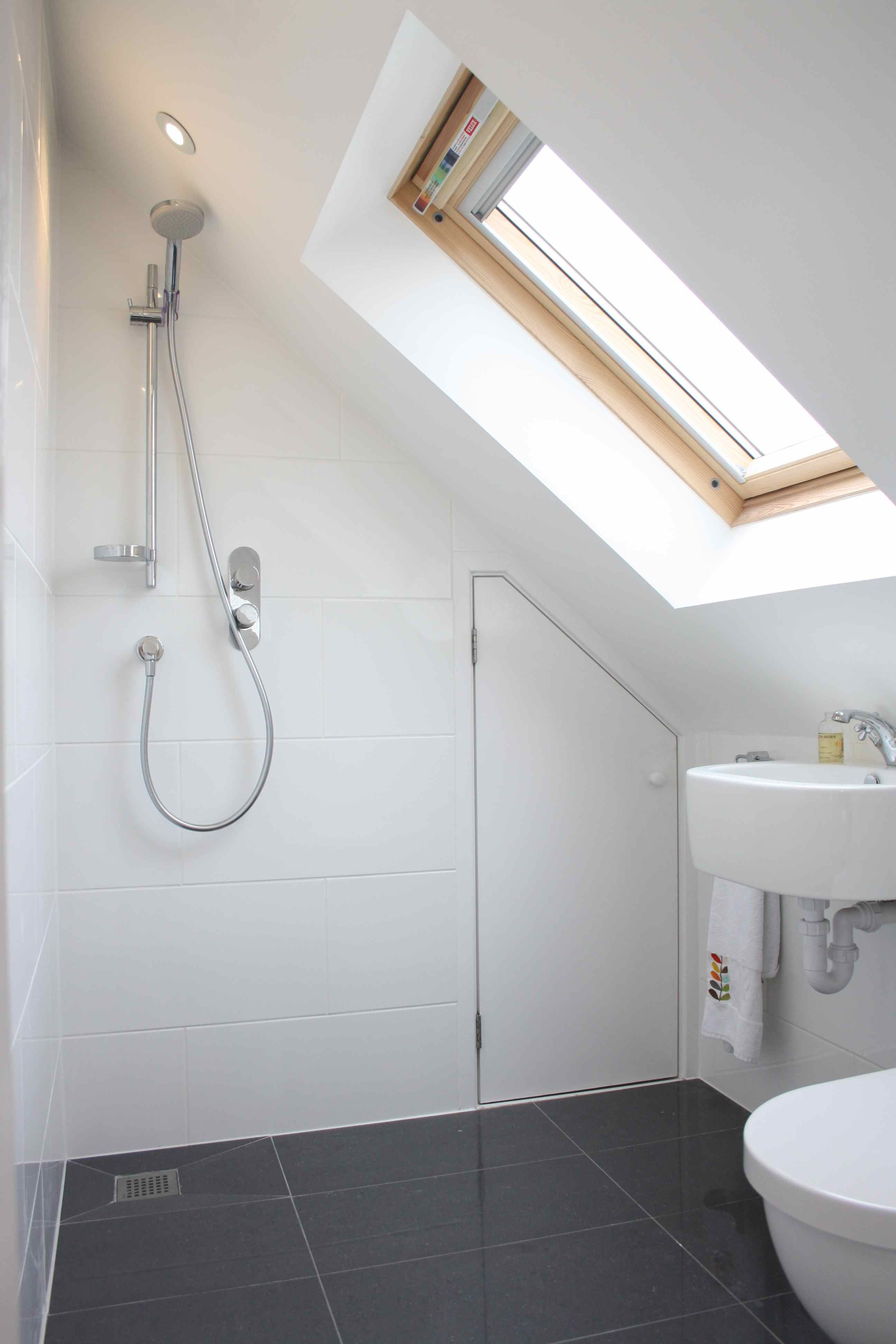 Loft conversion wet room rothesay avenue richmond upon for Bathroom design richmond