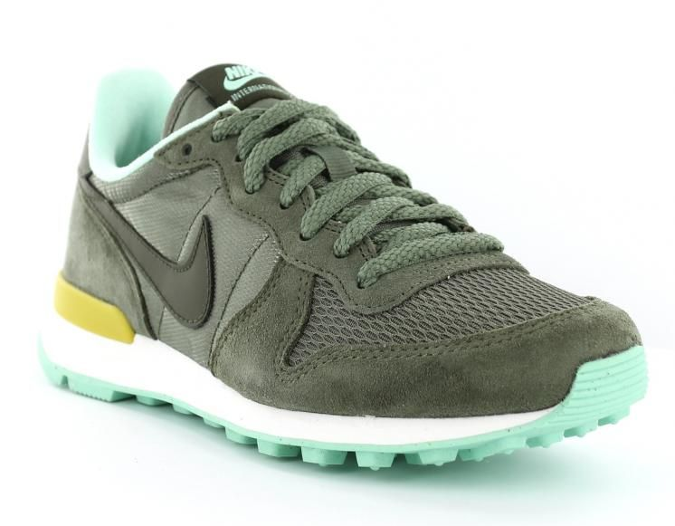 nike internationalist femme vert militaire