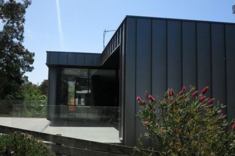 Lorne Architectural Cladding Project Features Nailstrip True Blue Roofing Metal Cladding Cladding Metal Roof Panels
