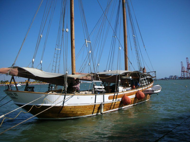 Boats For Sale With Images Sailing Classic Sailing Sailing Yacht