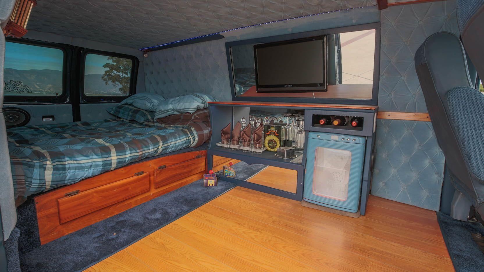 1986 Ford Econoline Van T91 1 Las, Econoline Laminate Flooring