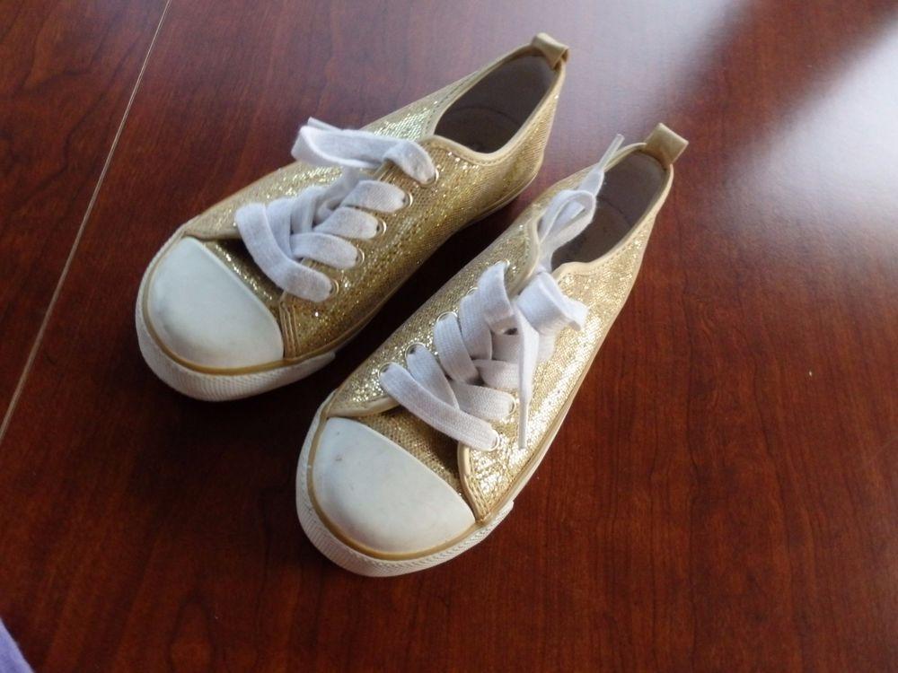 Girl's Gold Metallic tennis shoes, Old