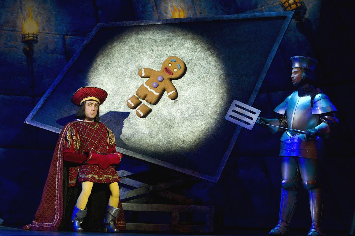 ShrekTour2904LR2.jpg (1200×800) Shrek, Shrek costume