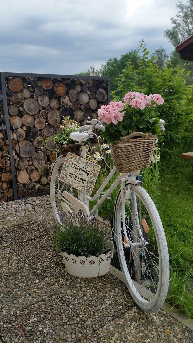 Garten Fahrrad Deko Blumen Dekoblumen In 2020 Garten Deko