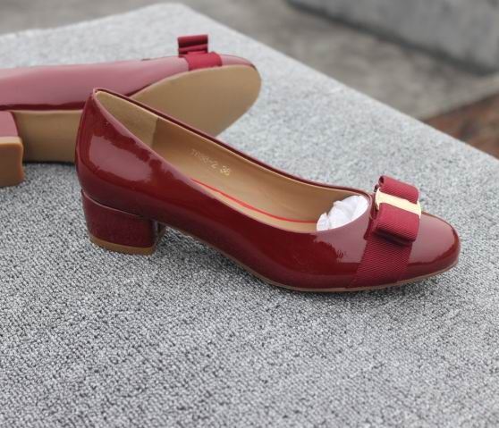 45aad404863 Ferragamo Low-Heel Vara Pump Wine | Ferragamo Pumps | Shoes, Pumps ...