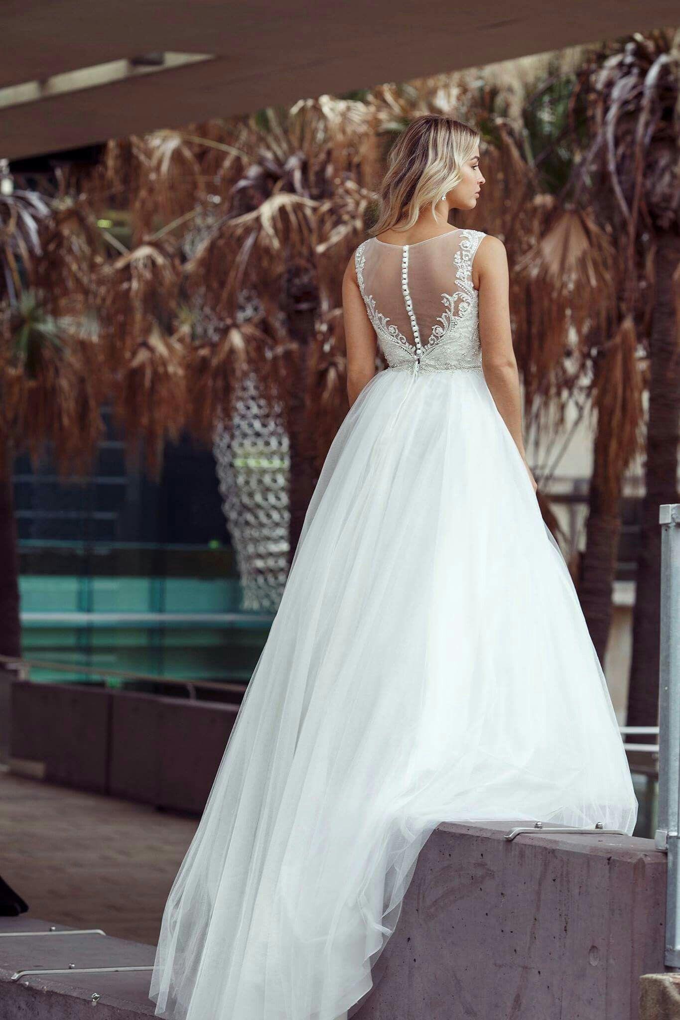 Pin by Daniela Pavlovska on Wedding Dresses | Pinterest | Wedding ...