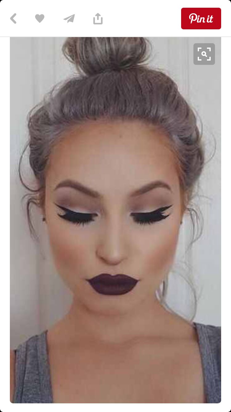 Red Lips Love The Grey Hair Make Up In 2018 Pinterest Makeup