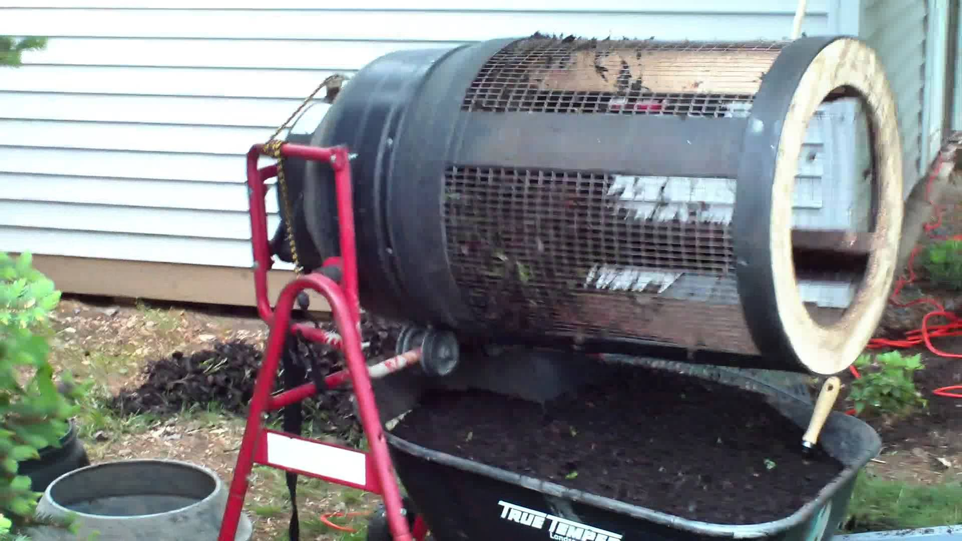 Compost Dirt Rotary Sifter With Images Worm Composting