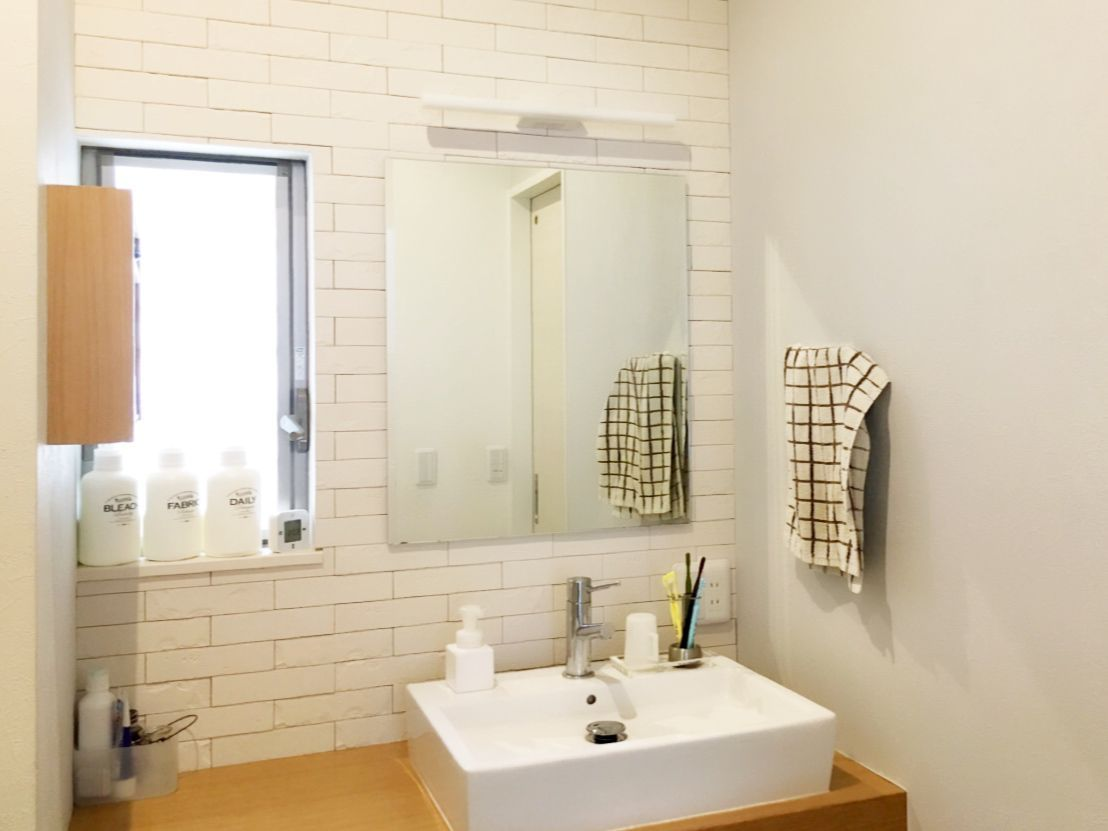 洗面所の壁を エコカラットでdiy いちごのうた エコカラット