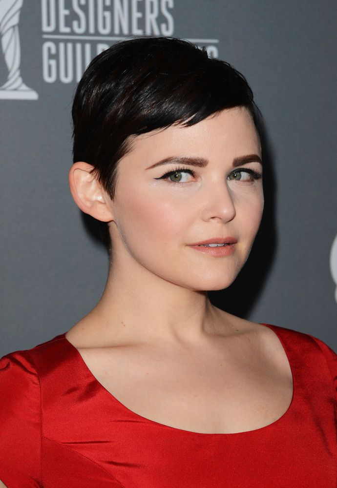 Ginnifer Goodwin S Hair Story The Long Short Of It Pixie Haircut Hair Color Ideas For Brunettes Short Pixie Hairstyles