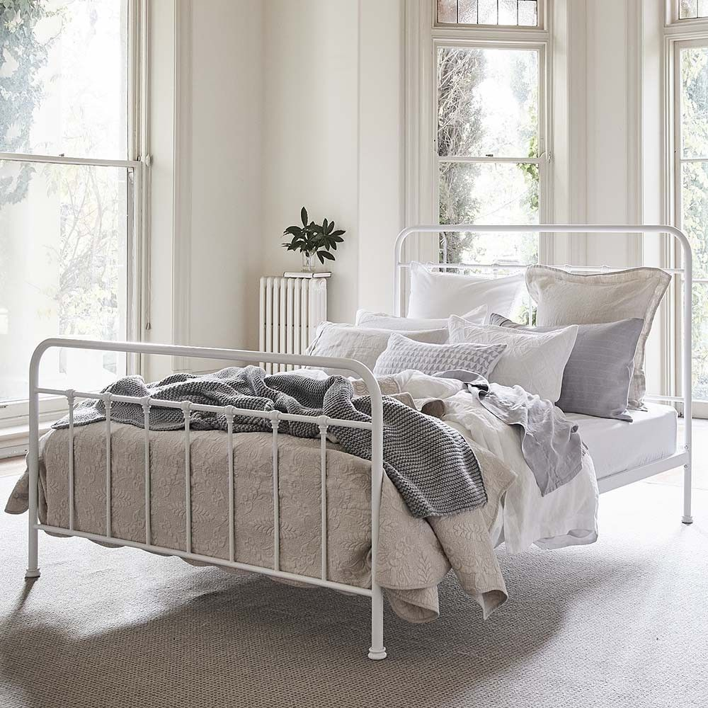 Queen iron wrought bed frame in 2020 White iron beds