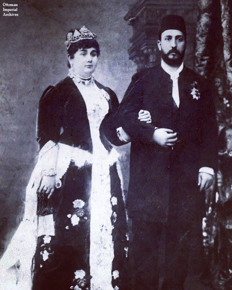 The Mother Of The Khedive Of Egypt Abbas Ii Pasha Whose Name Was Princess Emina The Mother Of The Khedive Of Egypt A Egypt Egypt History Egyptian History