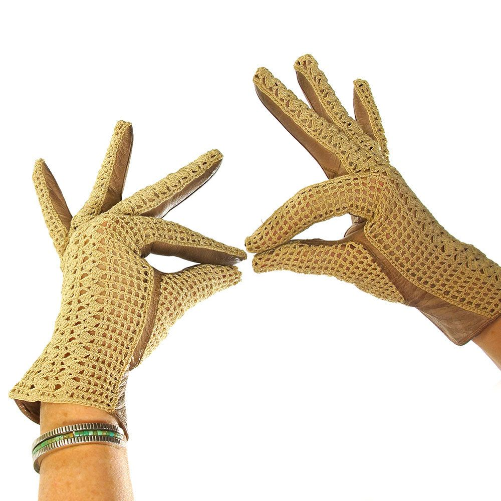 Kid leather driving gloves - French Crochet Leather Gloves Vintage 1960s Crochet Driving Gloves With Taupe Kid Leather Grip