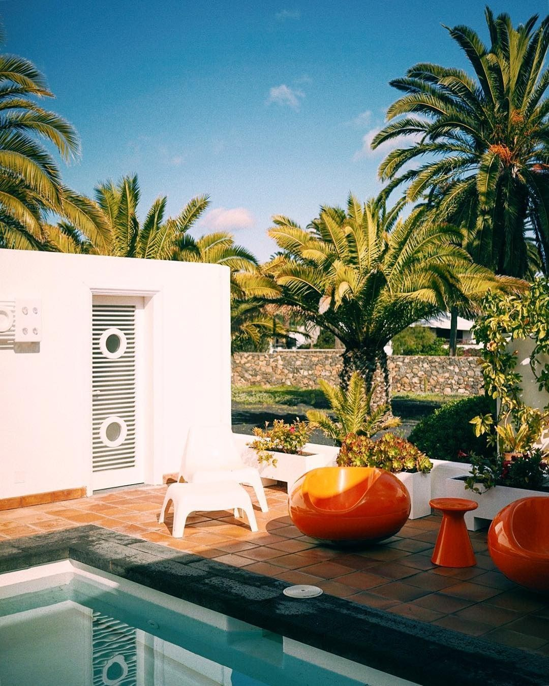 Spotlight On Palm Springs Style Outdoor Areas: California, Palm Springs Swimming Pool Outdoor Space Goals