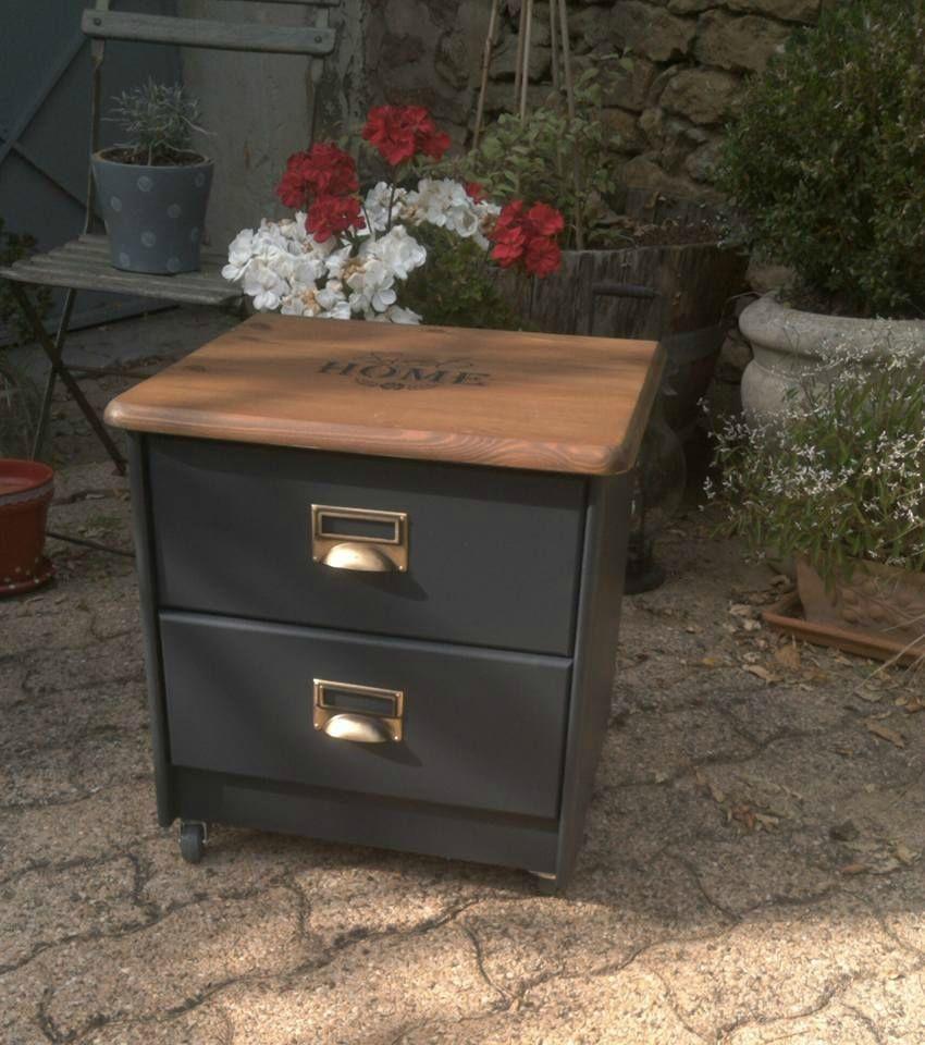 table de nuit style industriel meublerelook meubles et. Black Bedroom Furniture Sets. Home Design Ideas