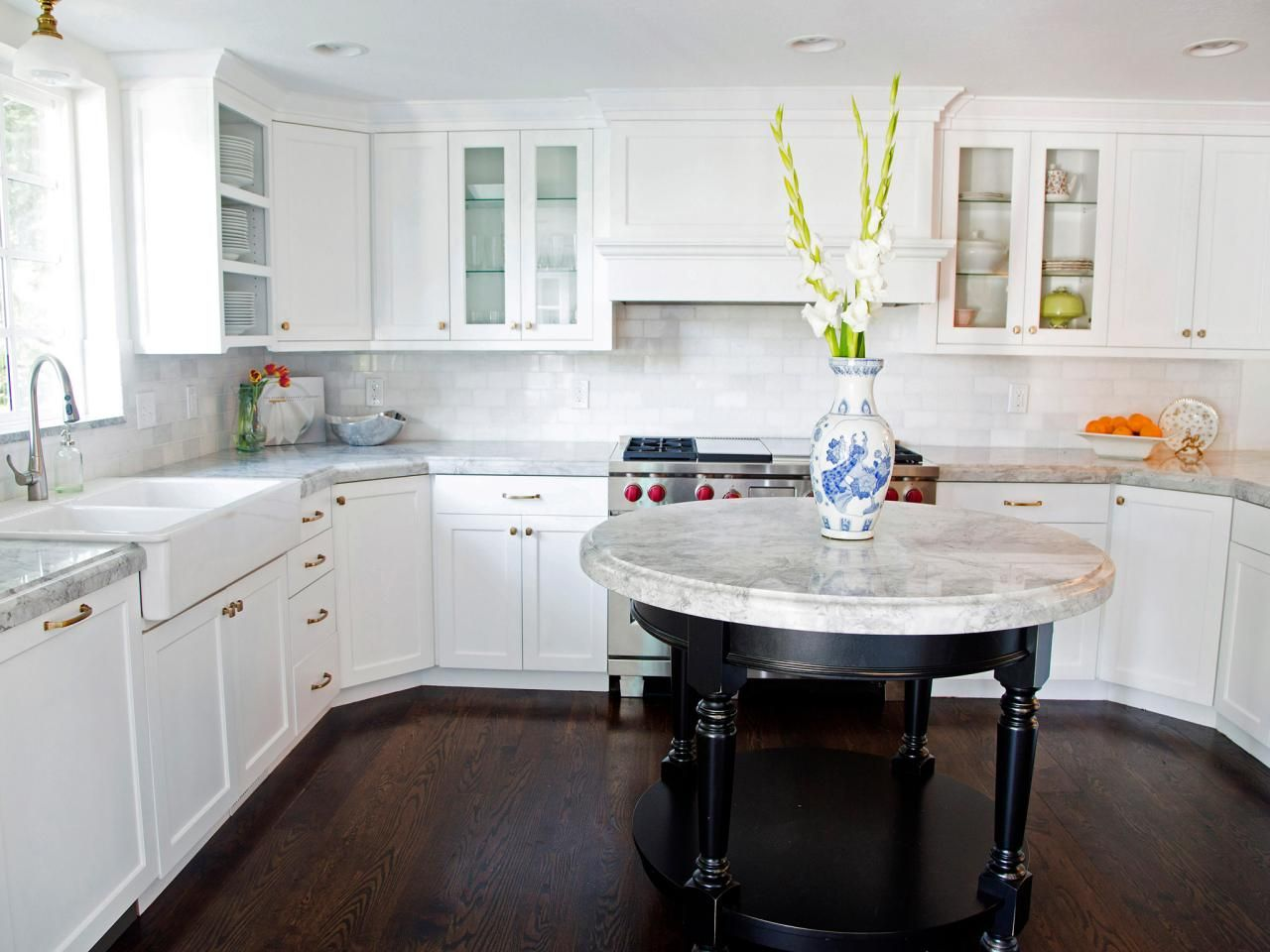 Kitchen cabinet paint colors pictures u ideas from hgtv kitchens
