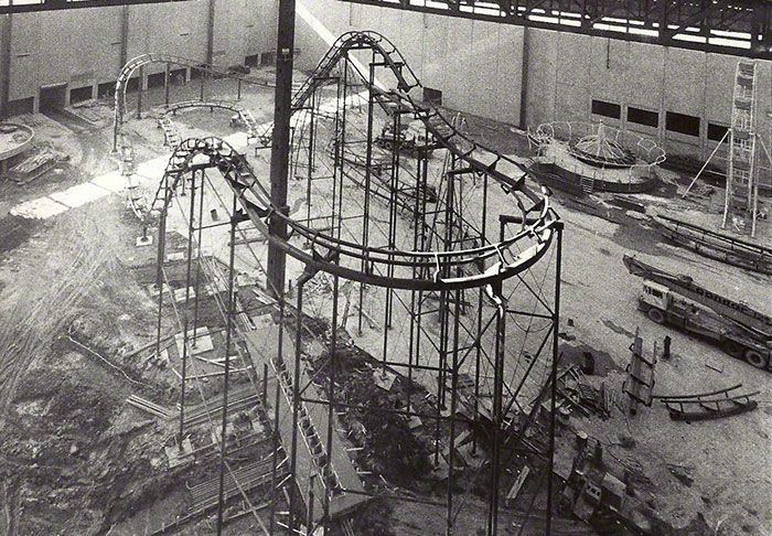 Negative G Old Chicago The Beginning Chicago Amusement Parks Indoor Amusement Parks Amusement Park