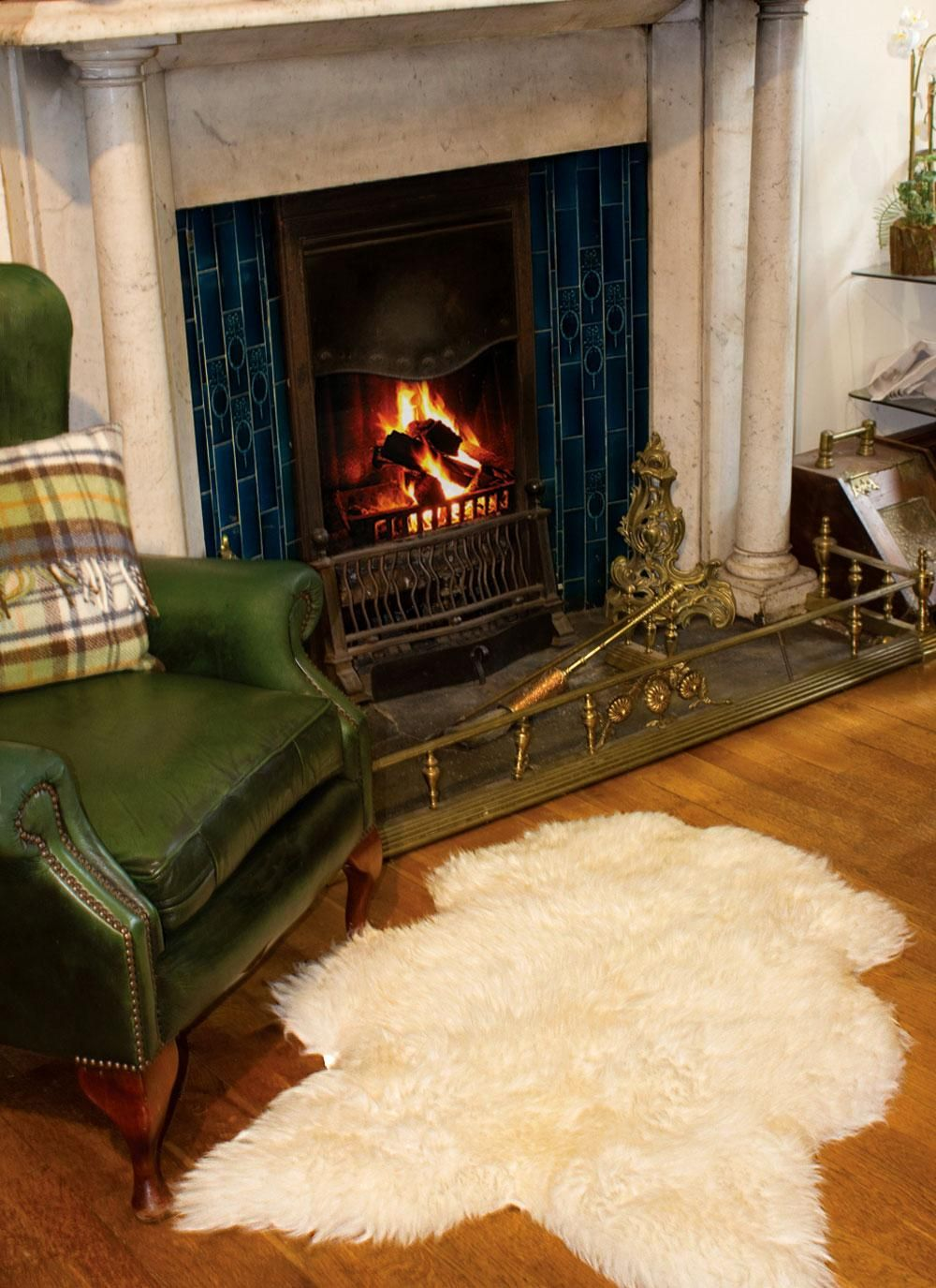 Irish Sheepskin Rug Nothing Says Coziness Better Than Soft Luxurious Textures This