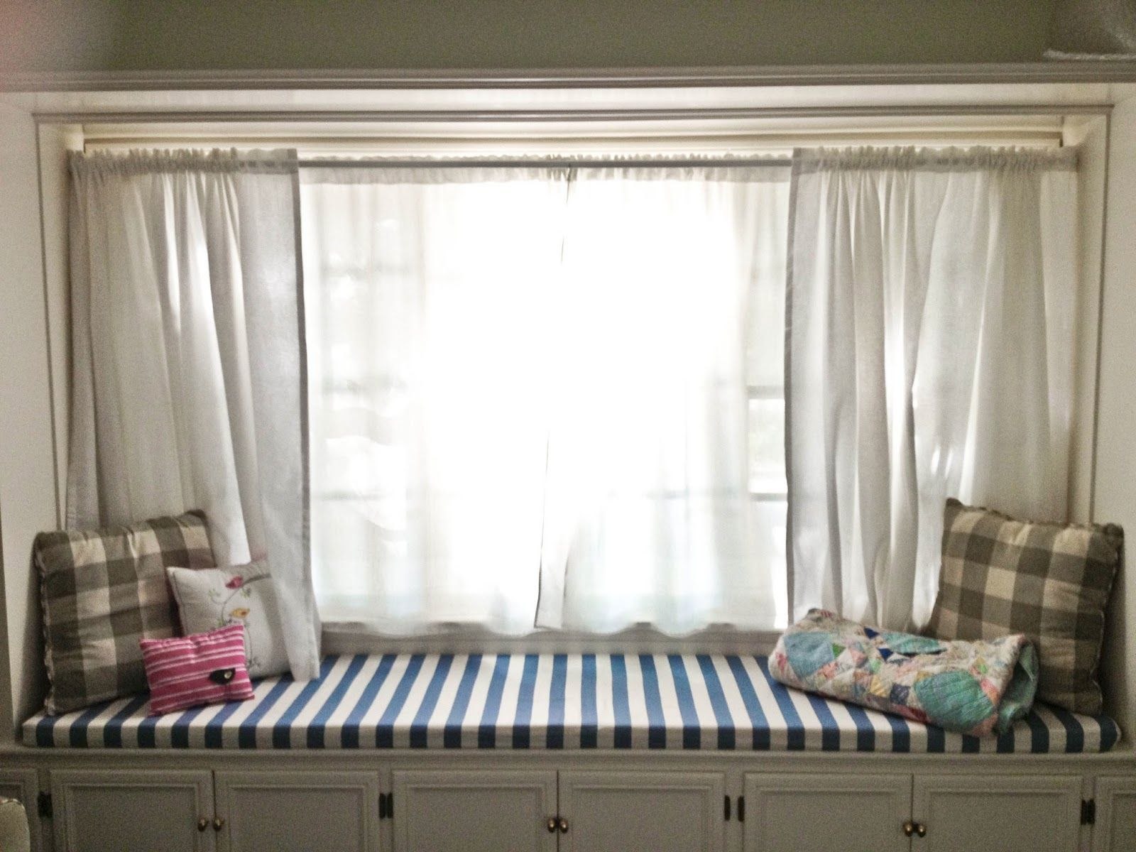 Window treatments for very wide windows - Bench Window Treatments For Wide Windows Beautiful Window Bench Medium Size Window With White Window Curtains A Window Bench With Storage And Cozy Seating