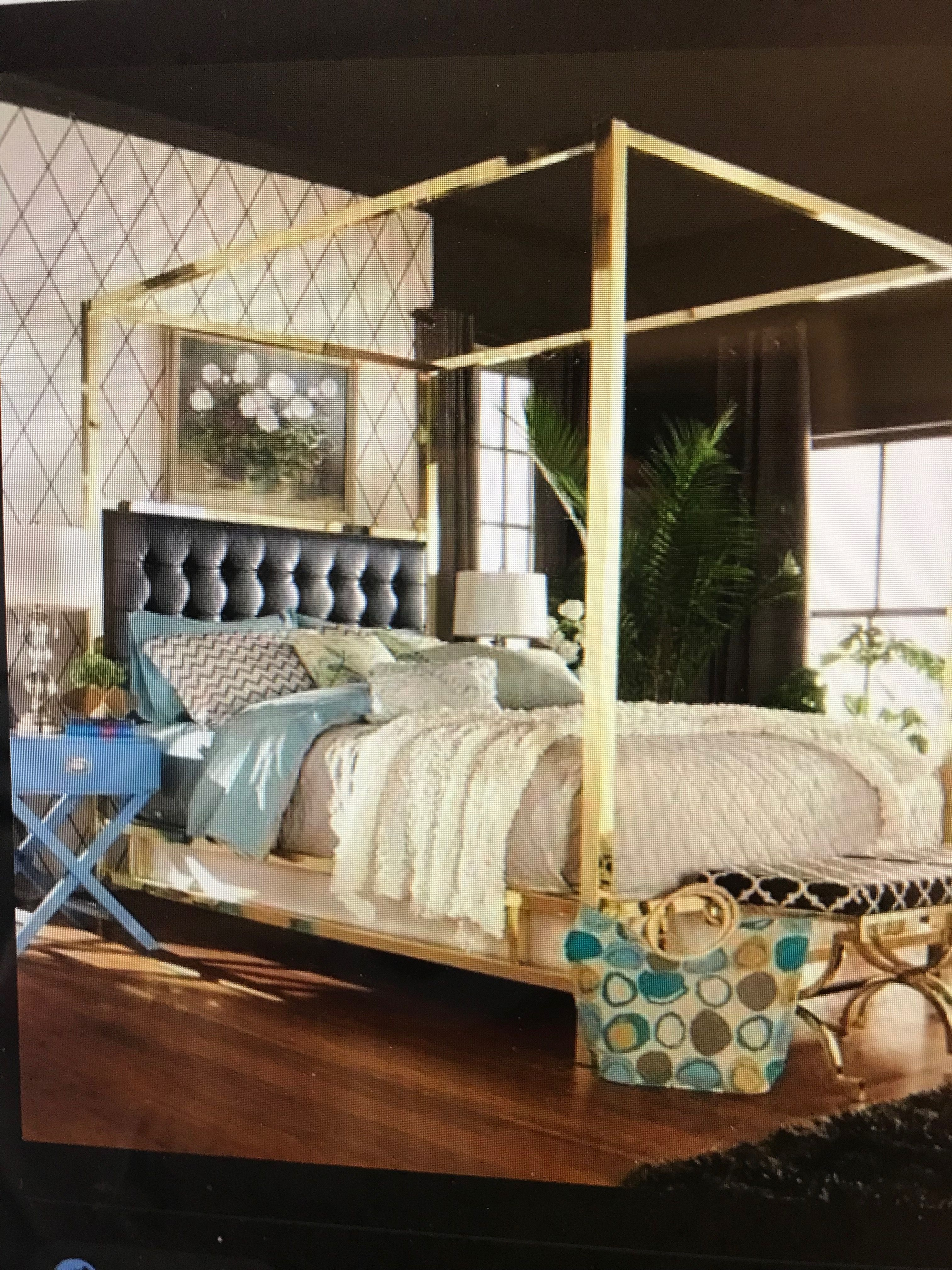 inspire q canopy bed on pin by ami vitori kimener on indigo pass black canopy beds canopy bed frame gold bed pinterest