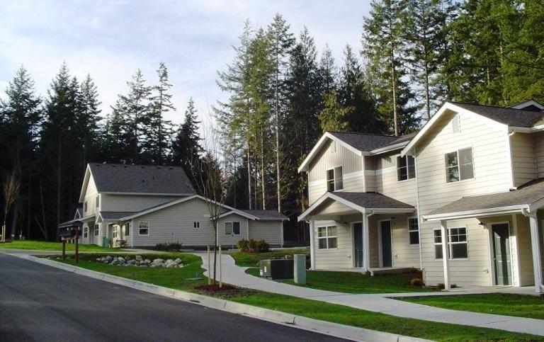 Aptfinder Low Income Housing At Aptfinder Org Affordable Housing Low Income Housing Affordable Apartments