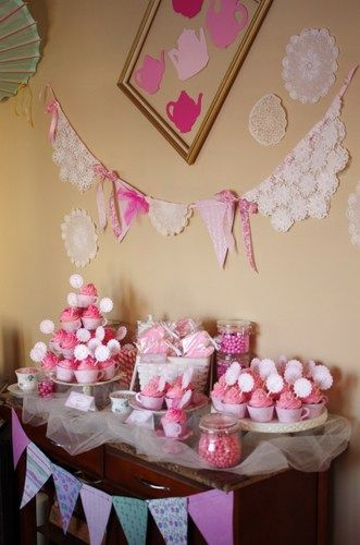 pink sweets table, tea party