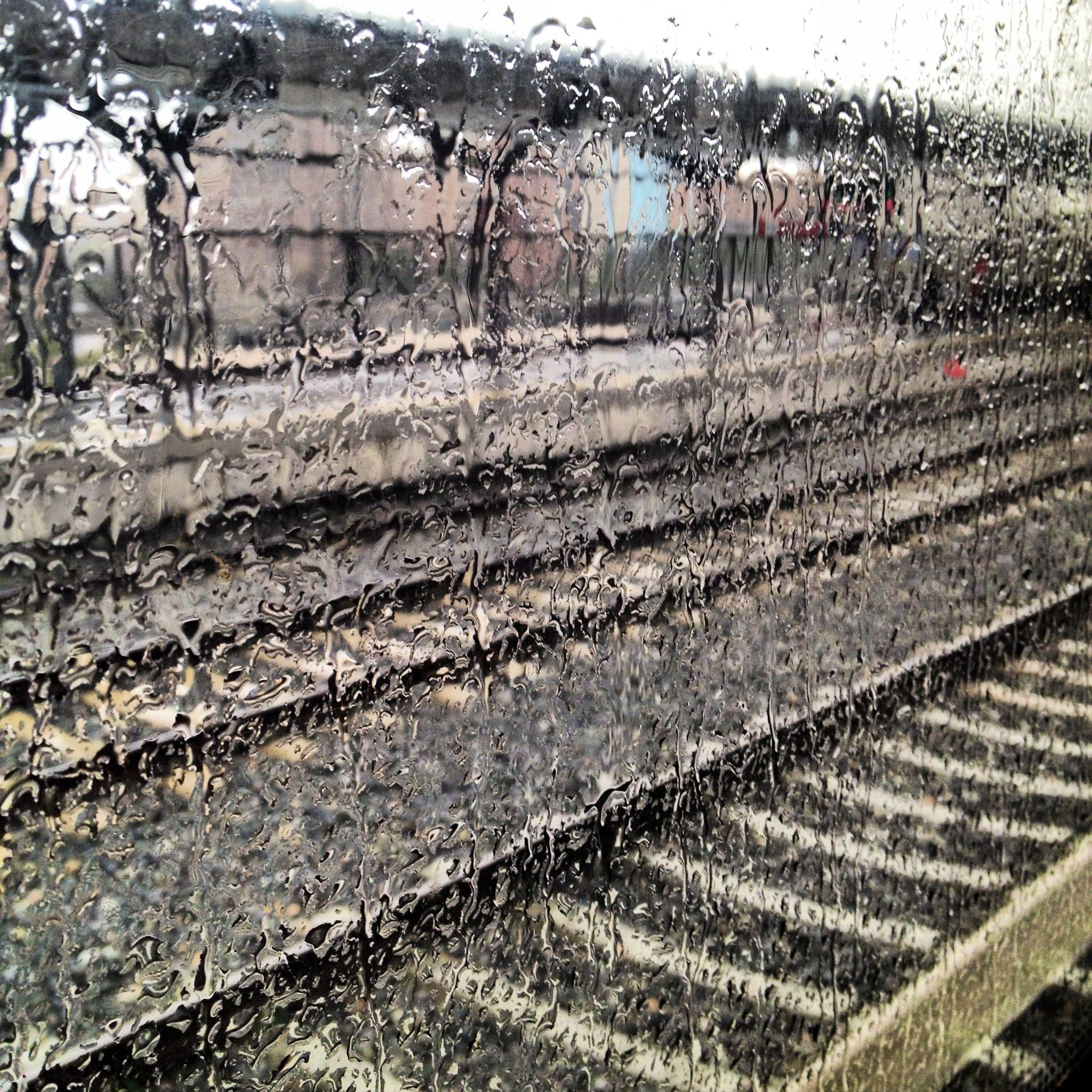 tRain  #rain #train# water #lluvia #agua #winter #invierno #madrid