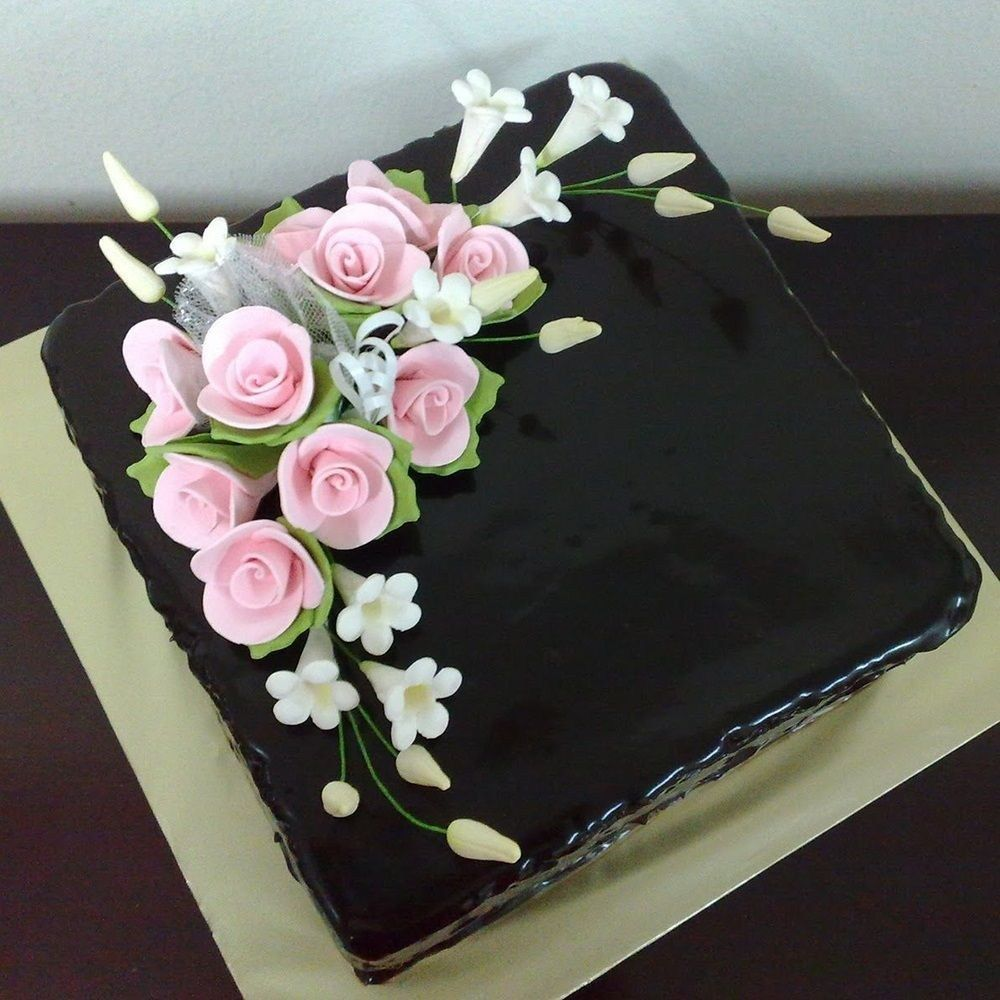 21 Pretty Picture Of Square Birthday Cakes With Images Simple
