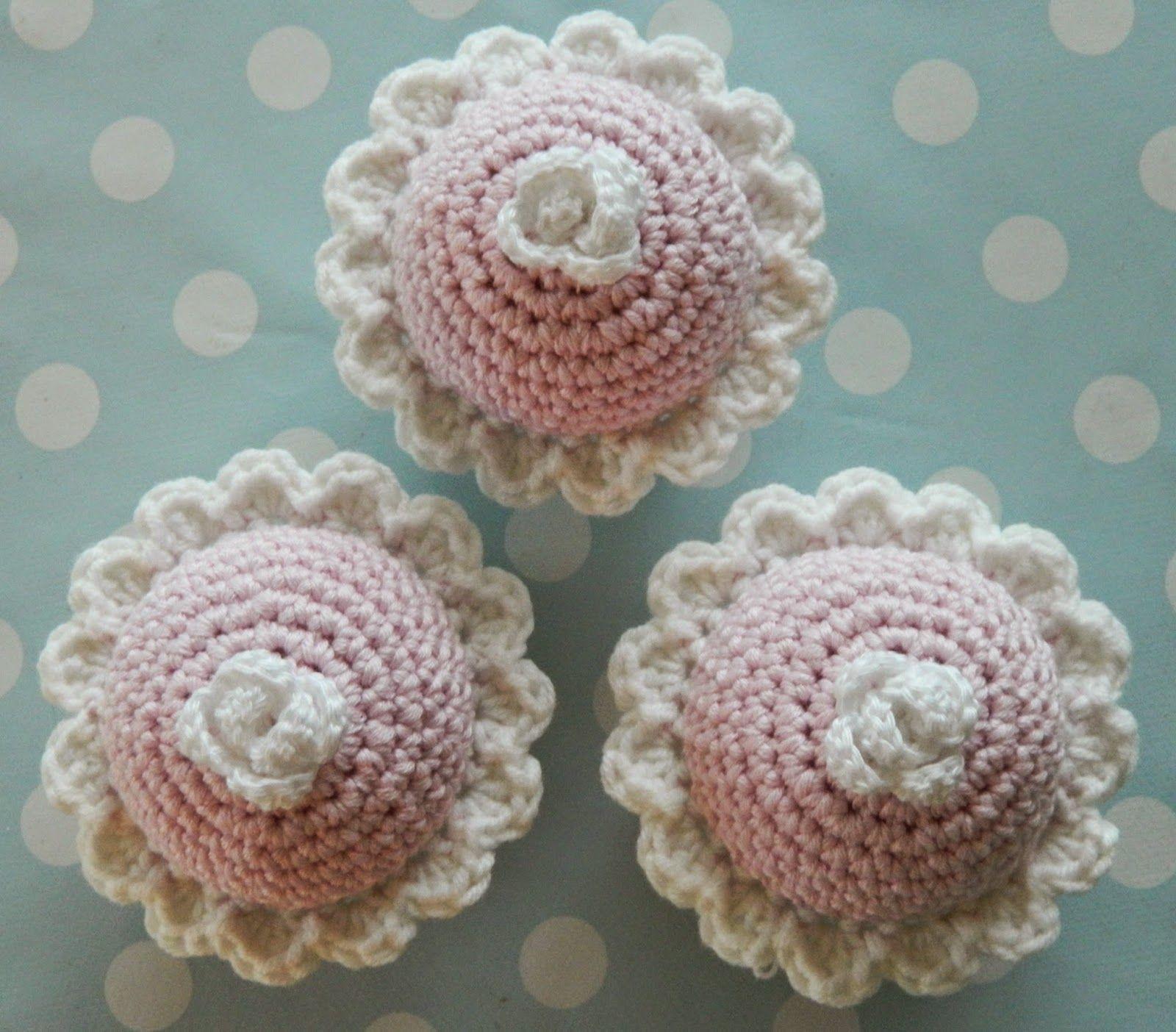 Maalaiskoti Myllyhaassa : Virkatut cupcaket