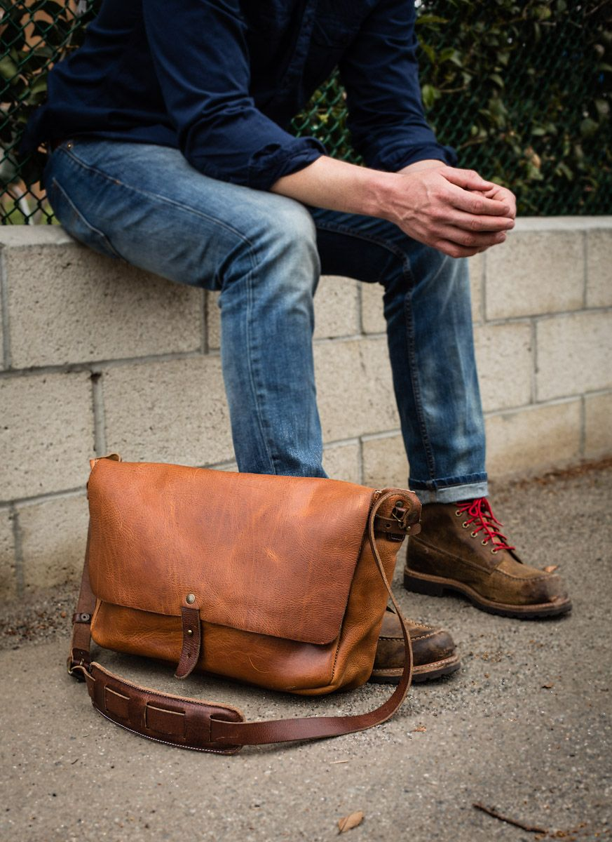 a87da262cfb0 The Vintage Messenger by Whipping Post